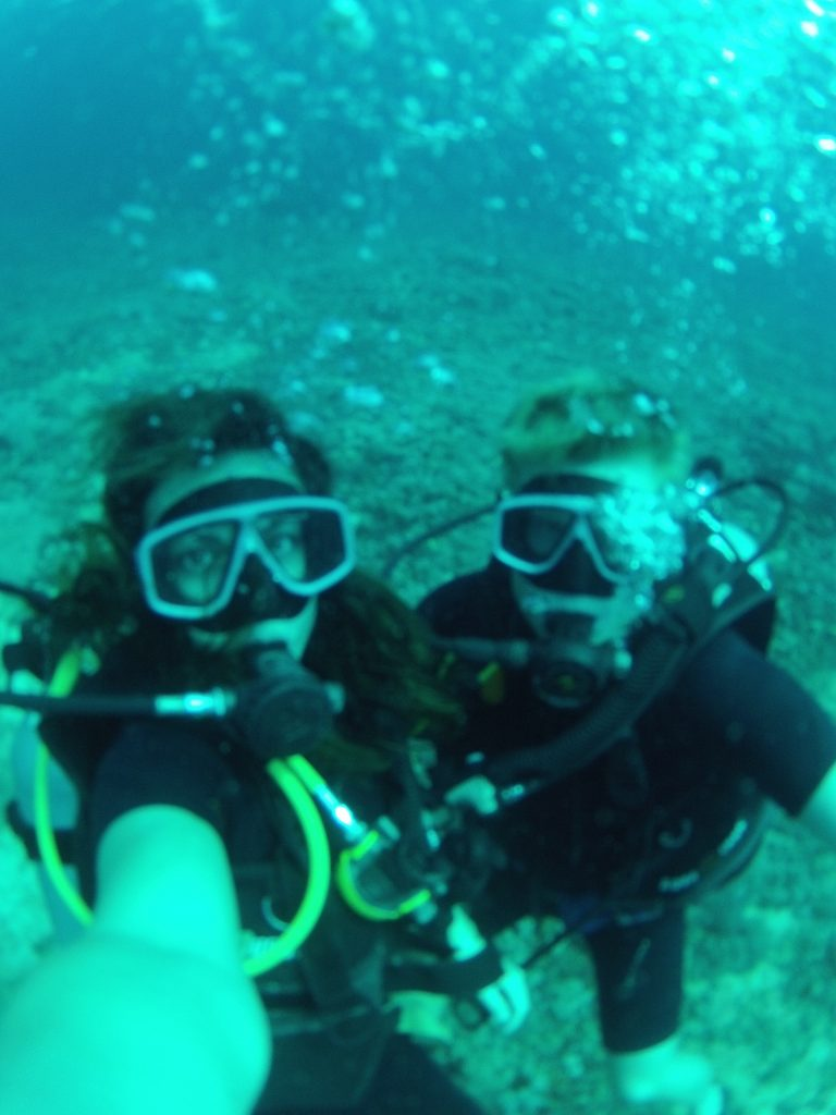 Tegan and Dan underwater selfie while diving