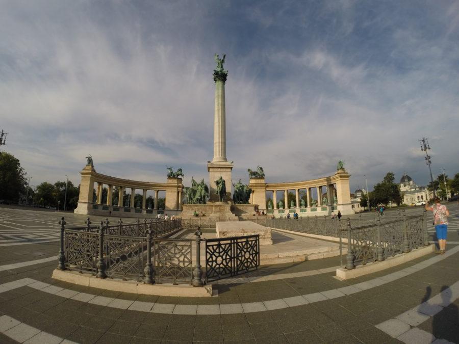 Hero monument!