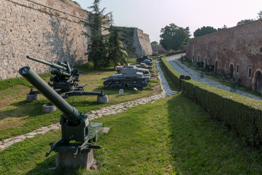 Army tanks around the fort