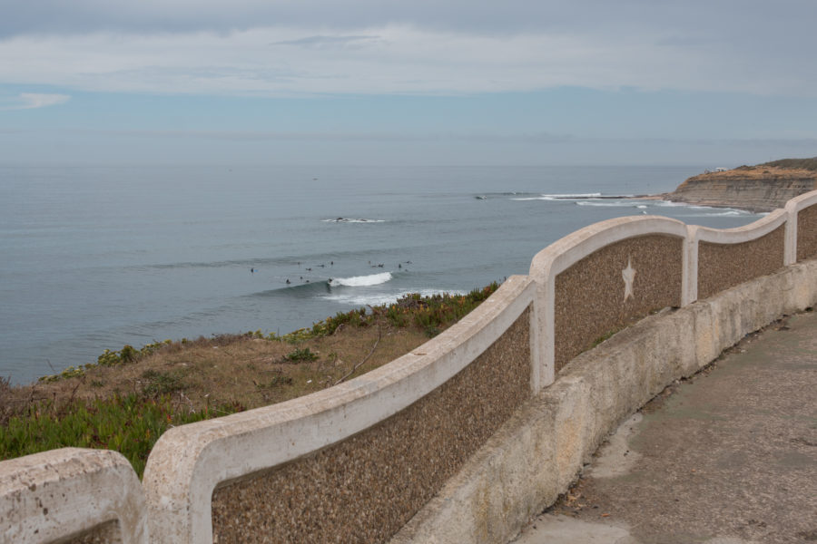 Surf from the cliff in Ericeira