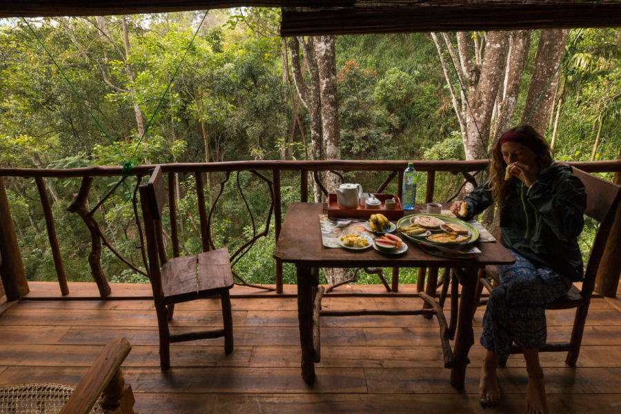 Breakfast on the balcony in our treehouse!