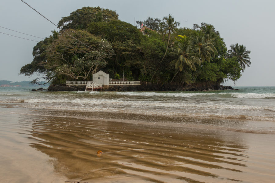 Tiny house on an island off Weligama